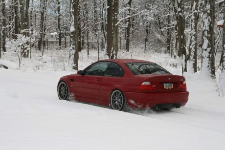 BMW E46 M3 Red winter 02