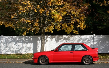 BMW E30 M3 Compact Red